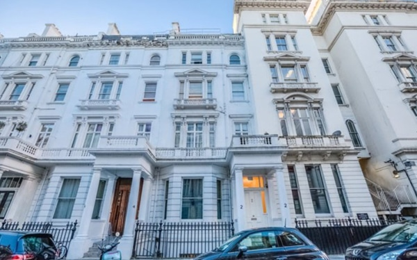 Refurbishment finance arranged on freehold block, Kensington Village