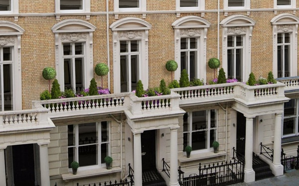 Development finance for site in Palace Gardens W2